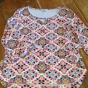 Crown & Ivy blouse size Medium new